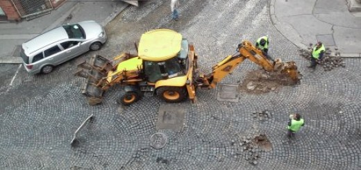 PUKLA CEV Urušena raskrsnica u centru Beograda (FOTO)