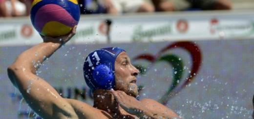 Prvi poraz vaterpolista na Evropskom prvenstvu, Mađari slavili u derbiju!