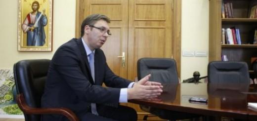 Vučić za Blic: Promenićemo direktore mnogih javnih preduzeća do avgusta